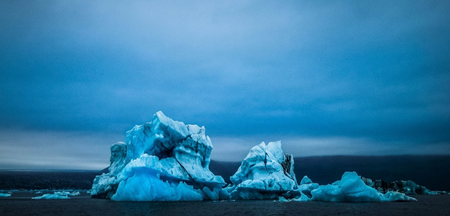 Image of icebergs in Iceland